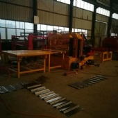 Corrugated plate press machine
